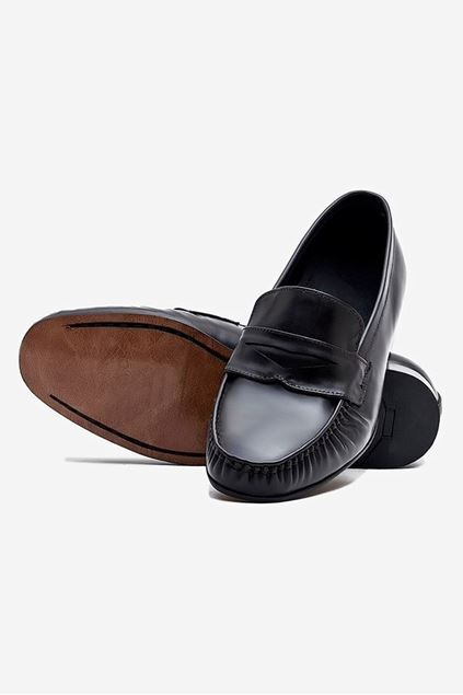 Footprint - Black Classic leather Loafer