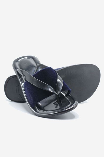 Black and Blue Velvet Chappal
